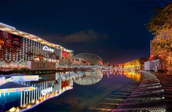 海岸城照明工程