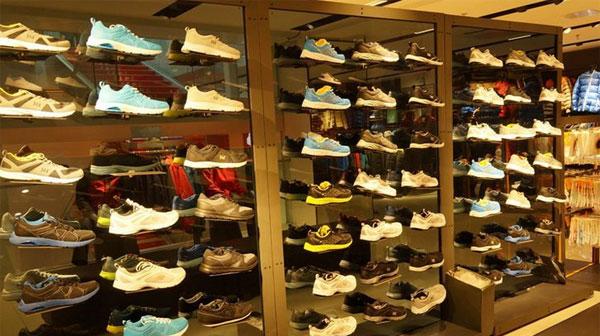 鞋类展架照明